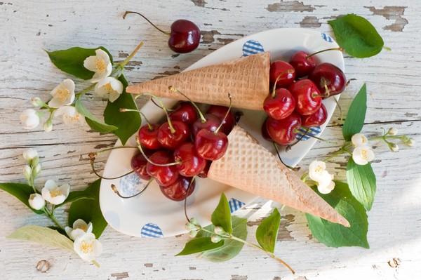 cerises,fruits,tube
